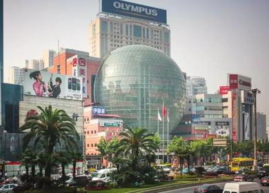上海美罗城球体LED幕墙显示屏