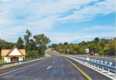 中国制造!中企承建东帝汶首条高速公路赢赞誉