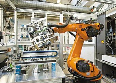 工业从业者五年间减少两千五百多万人——工业用工总量下降 结构改善